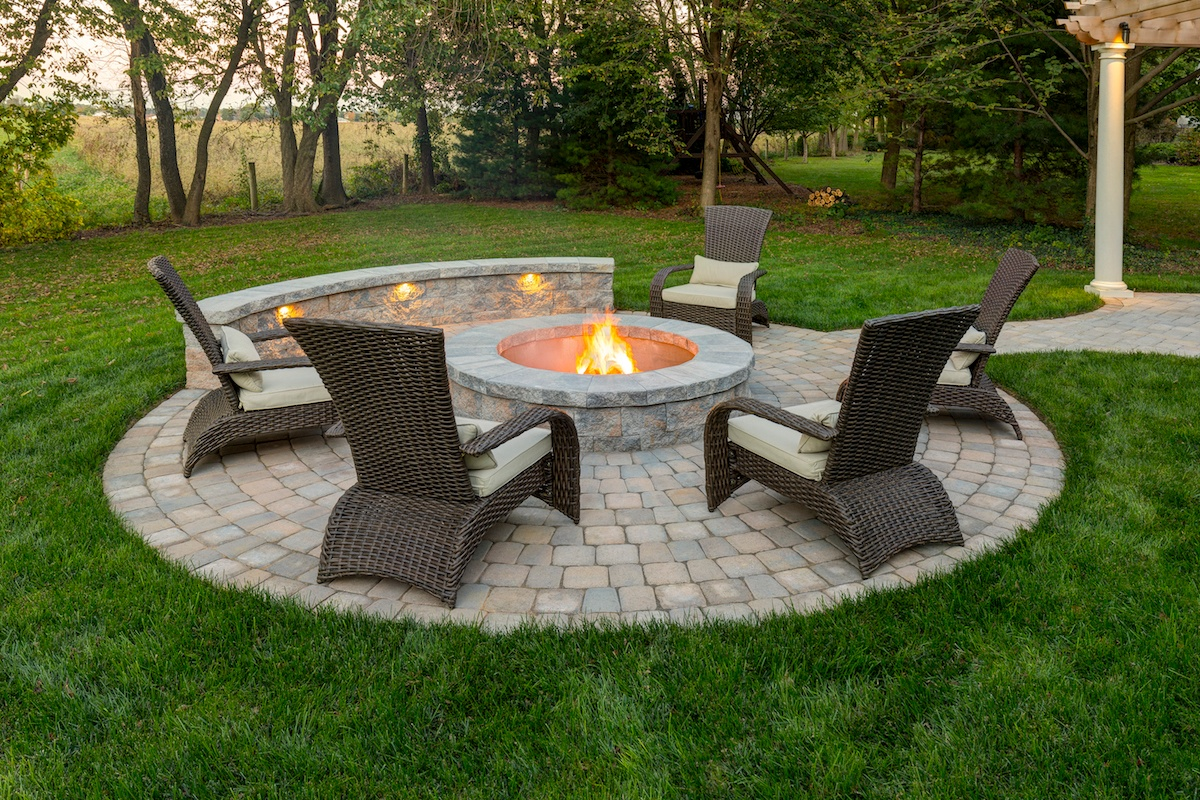 where to build a fire pit on the patio