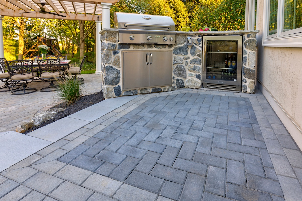 5 paver patio problems are these