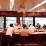 【京都】ご当地老舗喫茶「イノダコーヒー三条店」、360度の劇場型円形テーブルは必見。