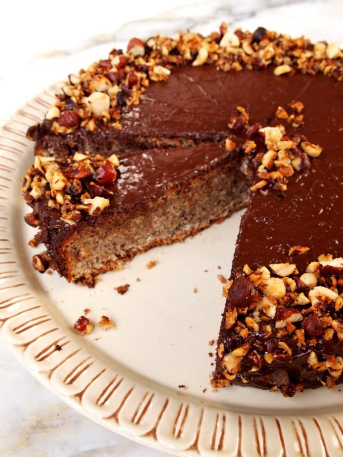 Flourless Chocolate Hazelnut Cake - Earthy Feast