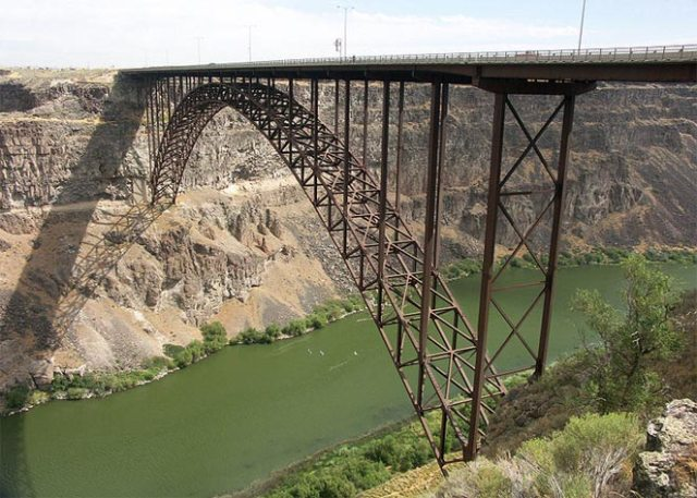 500 Feet High Perrine Bridge, United States