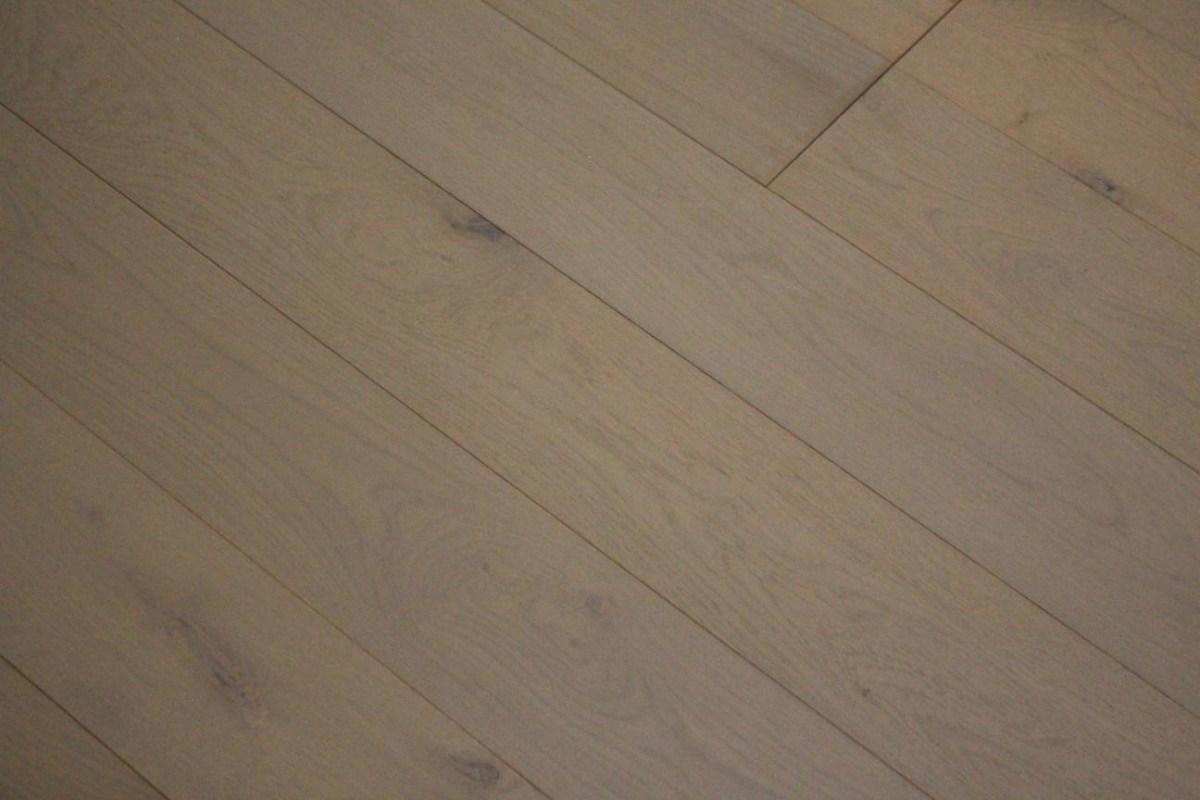 parquet contrecollé chêne gris perle
