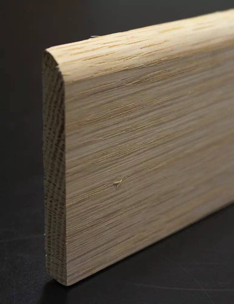 Plinthe chene 9x68 mm arrondie