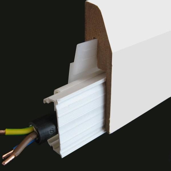 plinthe electrique blanche