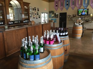 Parallel 44 Winery - Tasting store