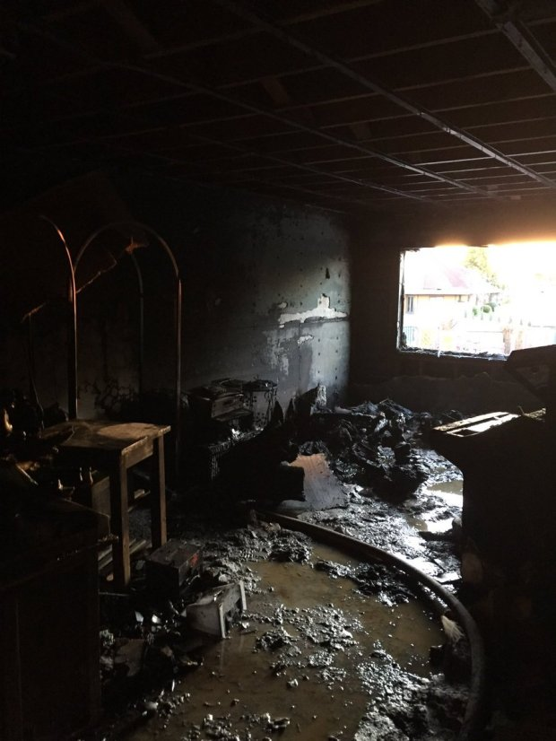 Alameda County firefighters shared this image Tuesday, November 7, 2017 of an apartment fire on Via Arriba in San Lorenzo.