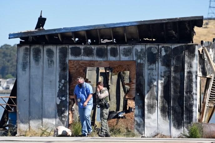 Fire in CROCKETT, CA (image)