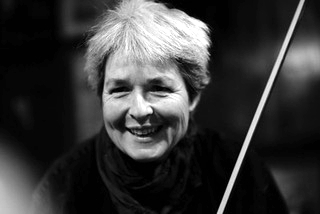 Melanie Davies - classical and Irish folk violin teacher in Lewes