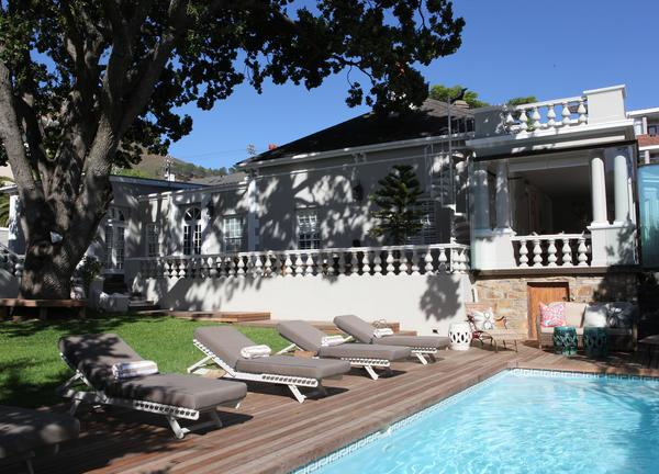 Winelands Package Trevoyan Guesthouse Pool Area