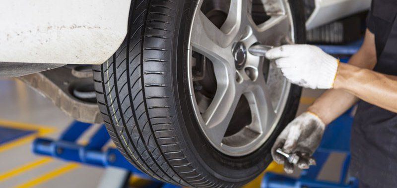 Know What to Do if a Tire Pops While on the Road