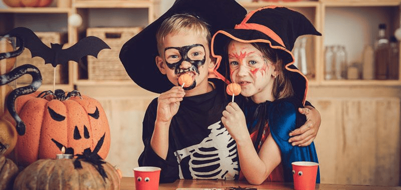 Protect Your Kids with These Trick-or-Treating Safety Tips