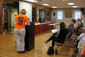 East Hampton residents who want the new transmission line buried spoke up at Tuesday's hearing.