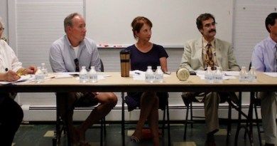 Rona Smith, Terry McShane, Dr. Anne Smith, Denis Noncarrow and Dan Gulizio were guest panelists at a MLCA forum on affordable housing Monday night.