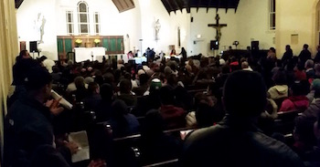 The crowd filled the church.