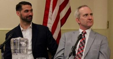 Clint Plummer of Deepwater Wind and Michael Voltz of PSEG-Long Island at the League of Women Voters forum.