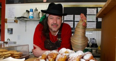 Orlando Garbanzo with his hot zeppolis