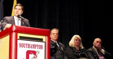 District Attorney Tim Sini addressed the crowd at Southampton Town's second opioid forum.