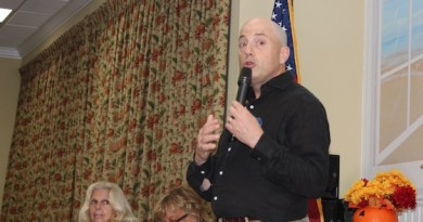 Democratic Congressional Candidate Perry Gershon spoke at Monday's Hampton Bays Civic Association meeting.