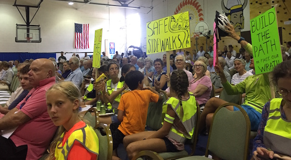 The Yellow Vests of Fishers Island