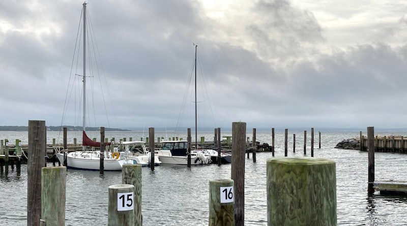 Awaiting the storm, New Suffolk Waterfront