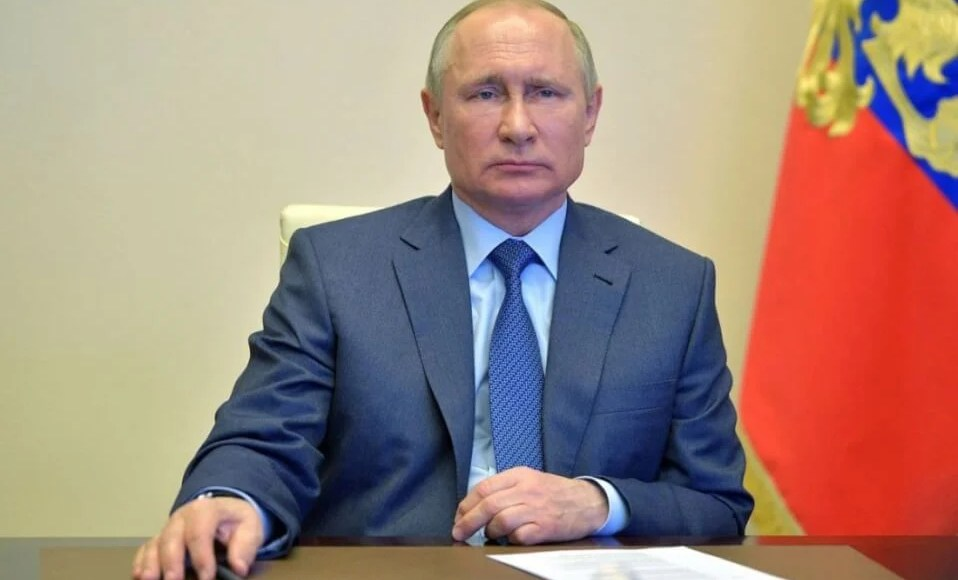 Russia : Putin signed a law simplifying Russian citizenship