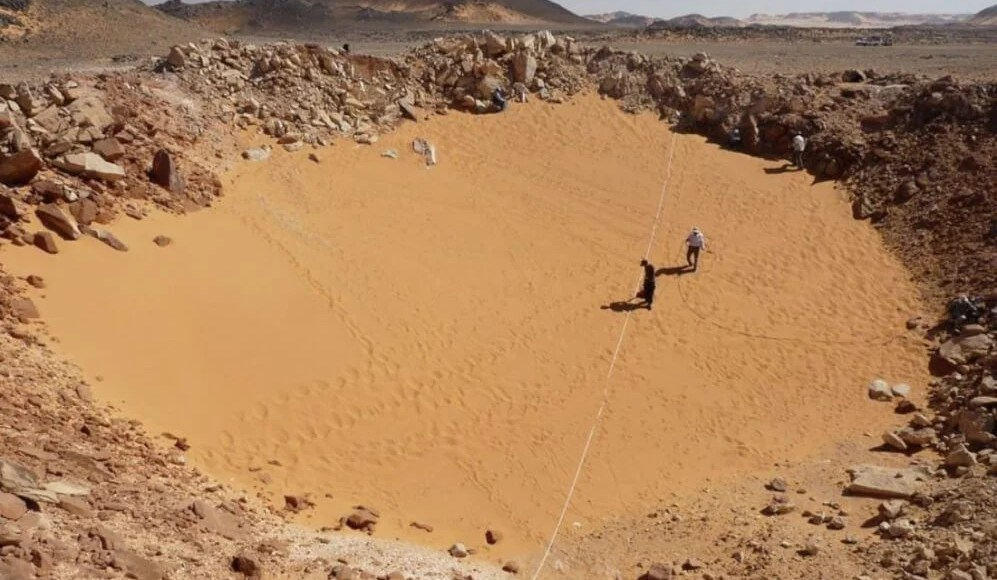 Egypt : Large meteorite crater found in Sahara