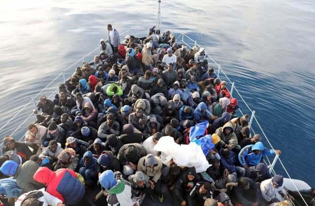 ILLIGAL-IMMIGRANTS-MIGRANTS-LIBYA-ITALY-AFRICA-HUMAN-TRAFFICKING