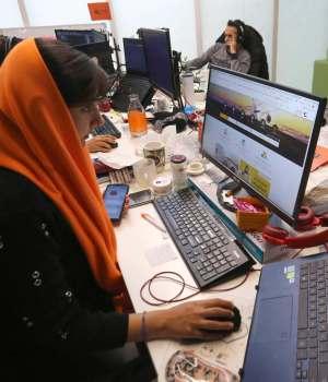 IRAN-social-media-HEALTH-VIRUS-WORK-WOMEN-cutting-off-livelihoods-controversy-news-eastern-herald