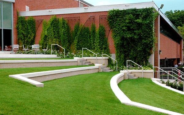 campus landscape management eastern