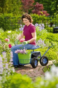 8 Great Gardening Tools For People With Disabilities