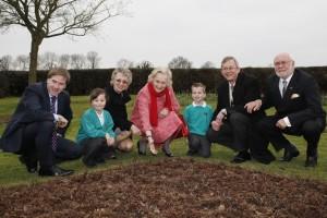 Fryern Hill Pupils show their handiworkto (L-R) Steve Brine MP,Cllr Atkinson, Dame Mary Fagan, Deputy Mayor Rupert Kryle and Cllr Smith