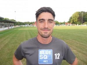 Defender Chris Dillon signs for Eastleigh