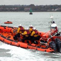 Hamble Xmas yacht rescue