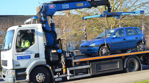 Cars confiscated in Croydon Pic: Met Police