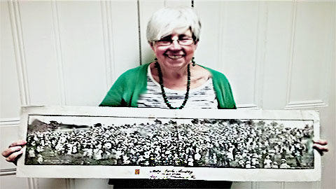 The Brockley Society chairwoman Clare Cowen with the 1918 photo Pic: Caitlin Burns