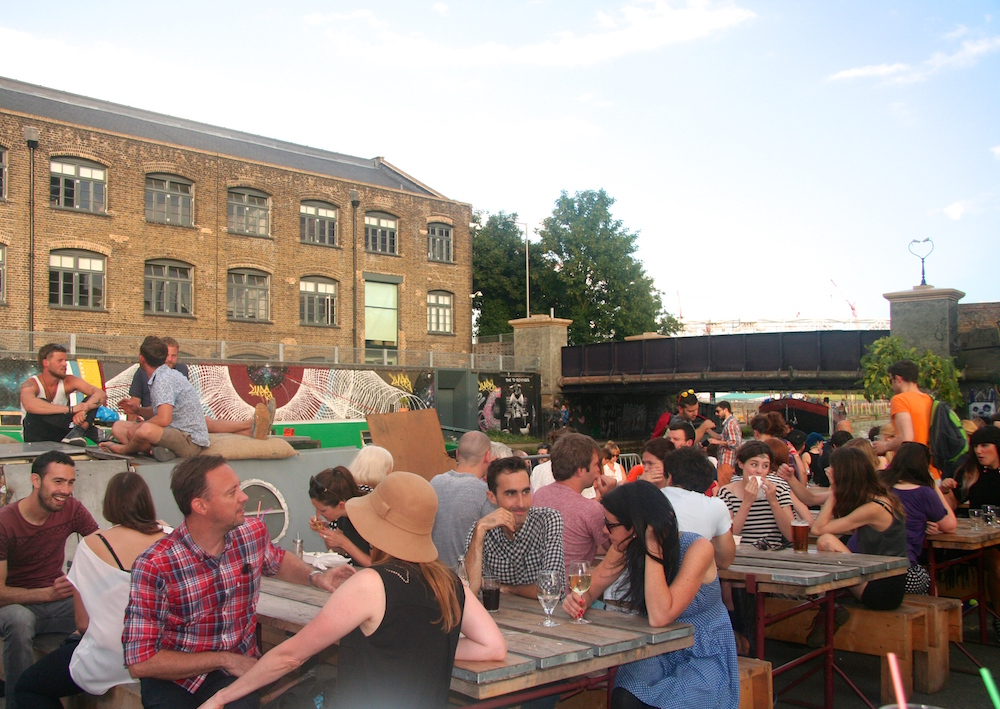 The busy deck of Crate Brewery on the Lea canal (Pic: Crate Brewery)