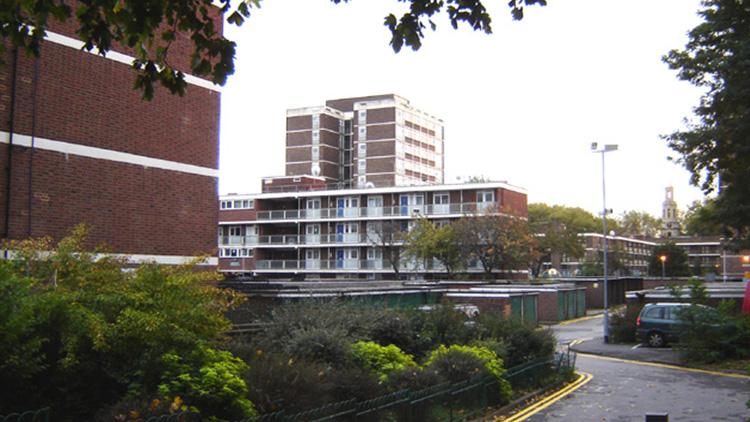 Cranston Estate in Hoxton. Pic, Tarquin Binary via Wikimedia Commons
