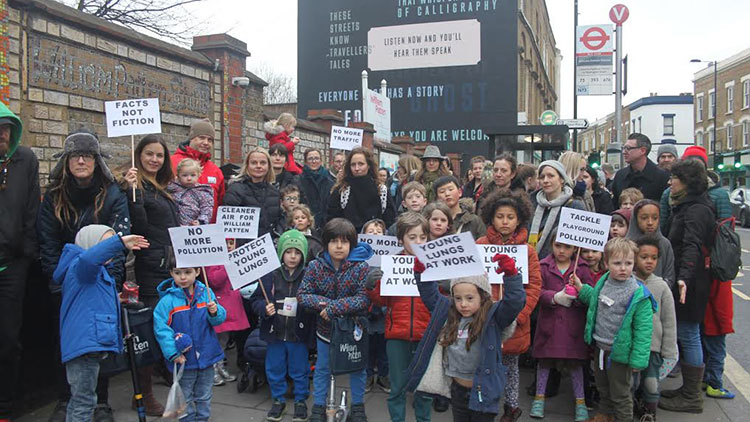 Children and parents campaign for cleaner air.