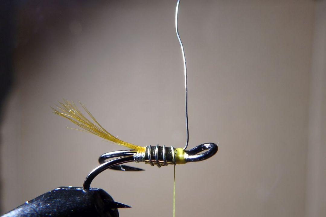 tying hair wing flies 8