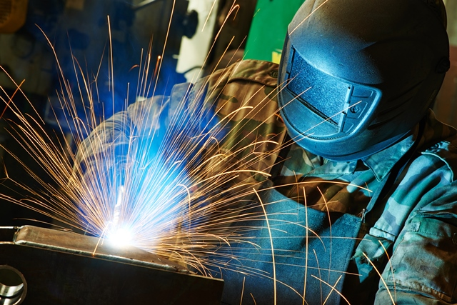 US Manufacturing Expands at Fastest Rate in almost 14 Years
