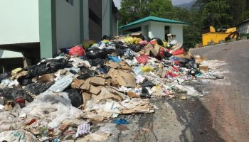 Vivo penalised for garbage mismanagement in Greater Noida