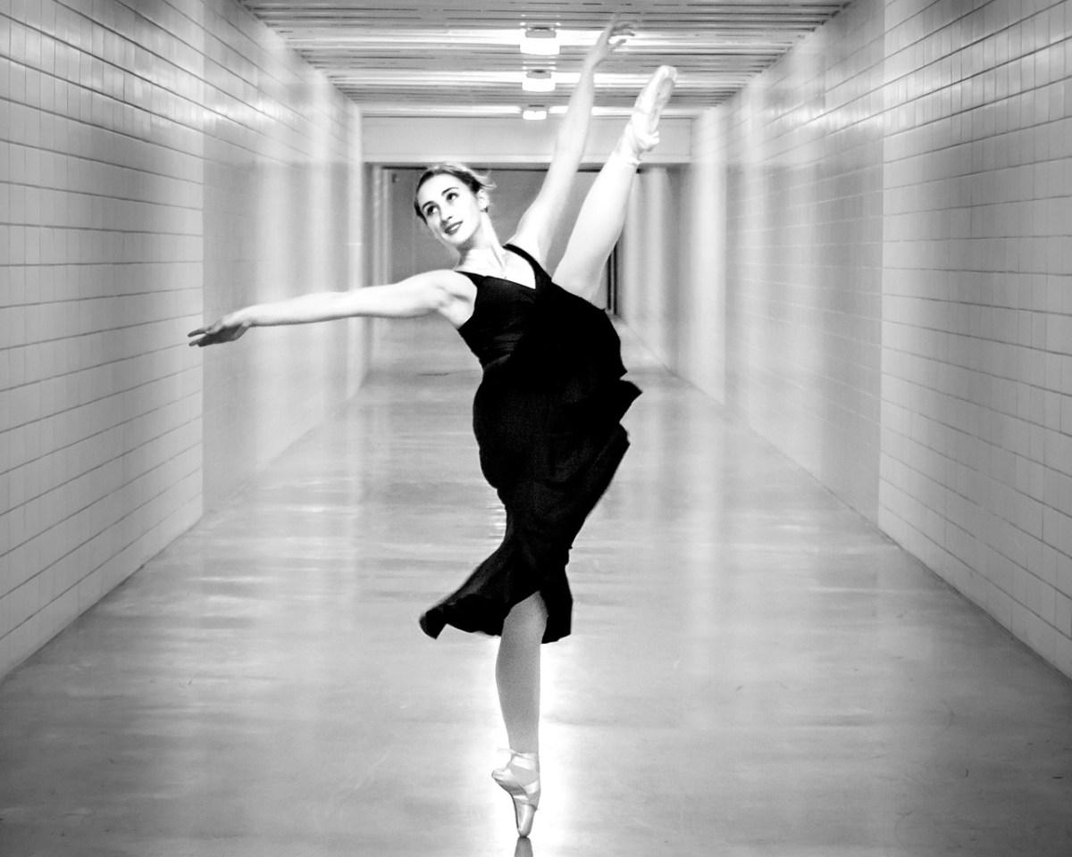 dancer 3110292 1280