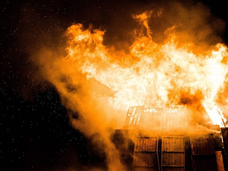 Maharashtra: 4 killed, 3 injured in fire at shop-cum-residence