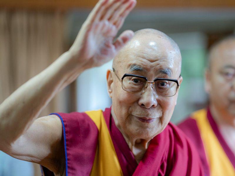 Dalai Lama greets PM Modi on his birthday