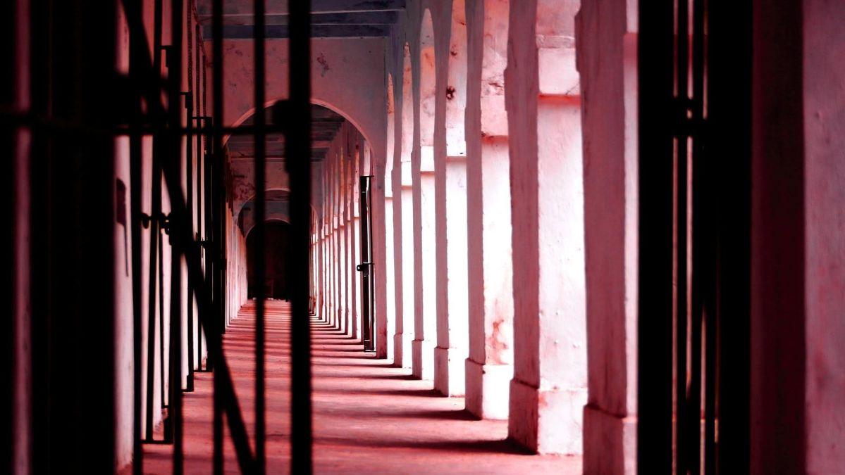 Using chilly powder, 7 undertrials escape from Arunachal Pradesh jail