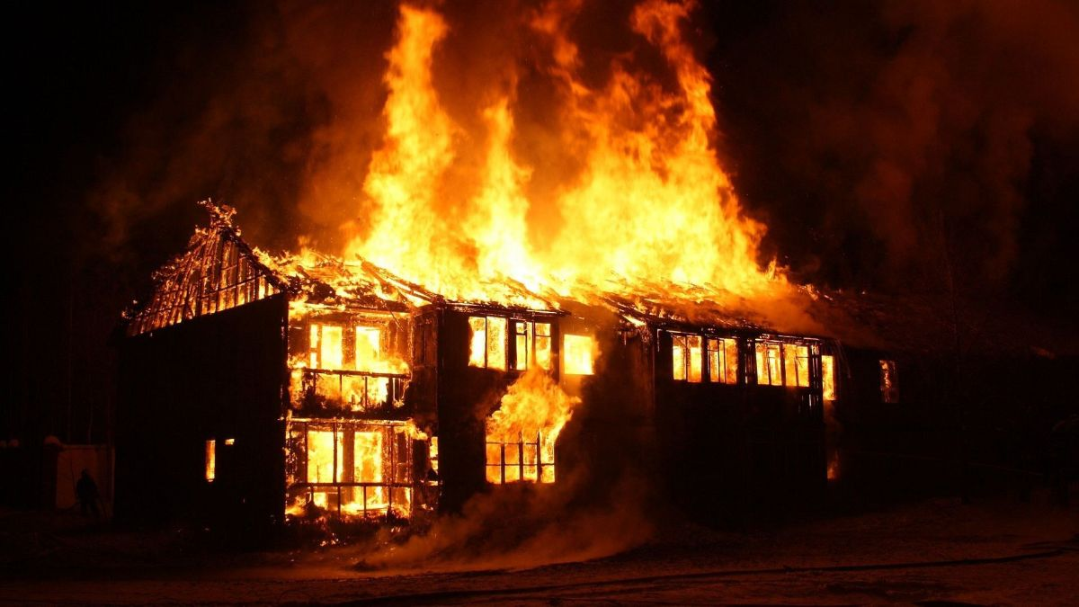 Fire breaks out in govt hospital in UP's Kanpur, no casualties