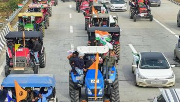 Protest flags and marches: Farmers observe 'black day' to mark 6 months of stir