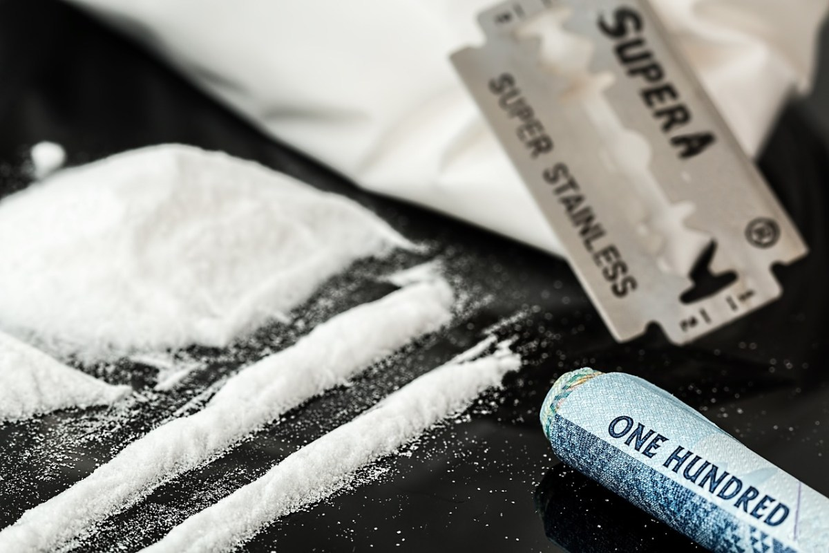Pakistani nationals held with heroin