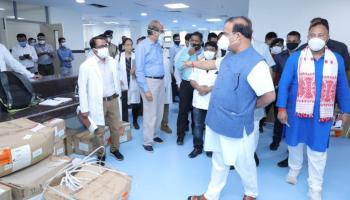 CM Himanta Biswa Sarma visits Tinsukia, Dibrugarh to assess COVID-19 situation