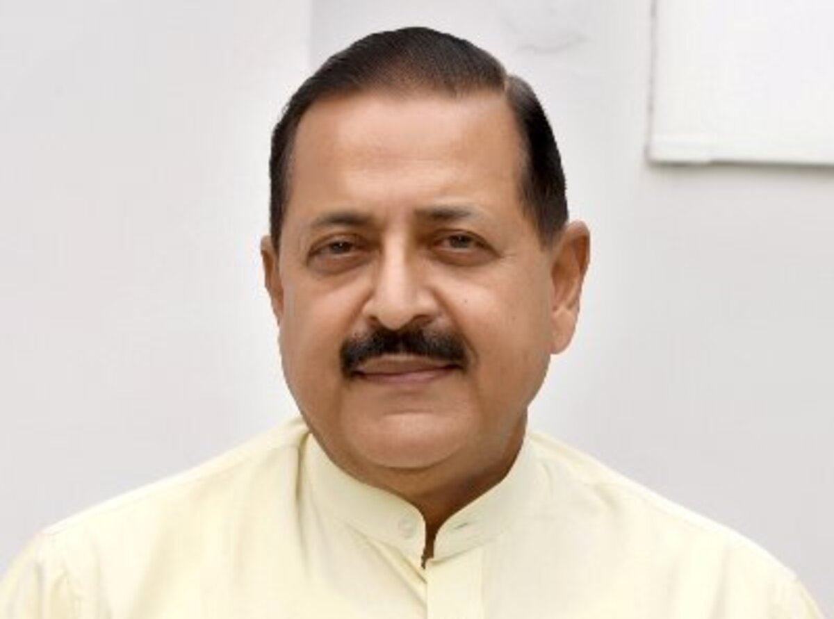 Enough vaccines for NE states in coming weeks: MoS Jitendra Singh